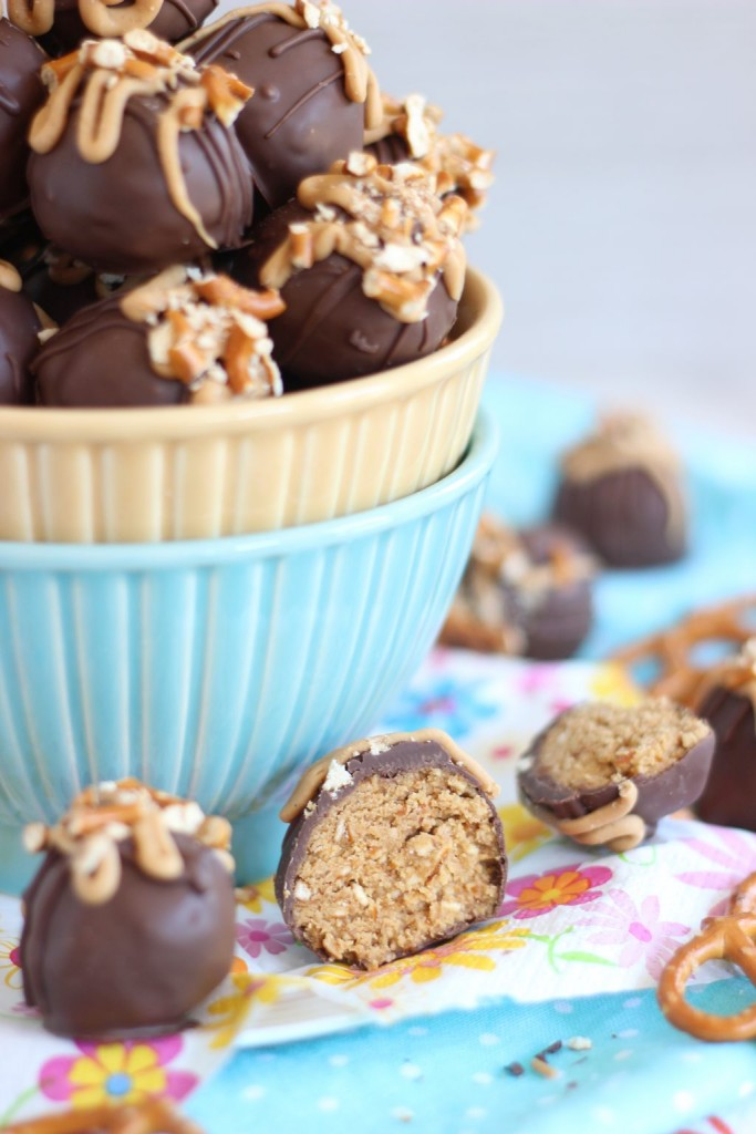 peanut butter pretzel truffles 5