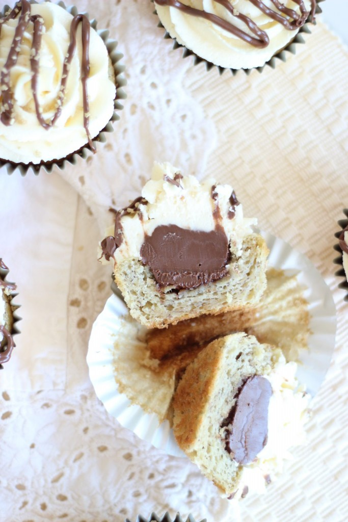 Nutella-Filled Banana Cupcakes with Cream Cheese Frosting (8)