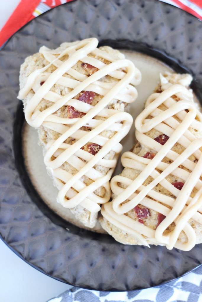 brown sugar maple bacon scones with maple brown butter glaze 20