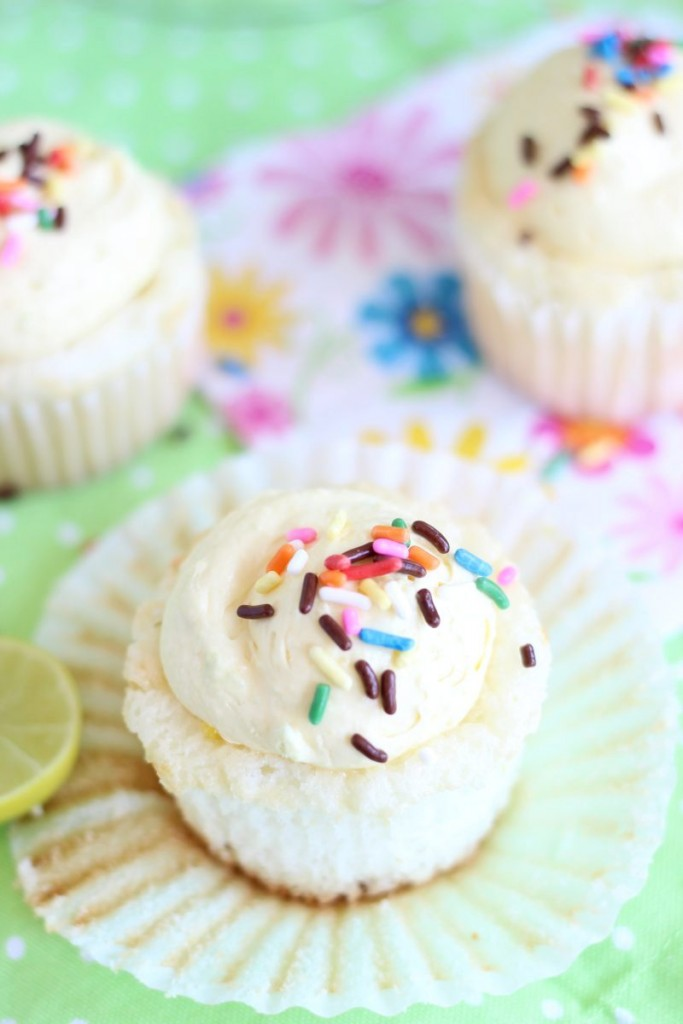key lime angel food cupcakes with key lime curd 9