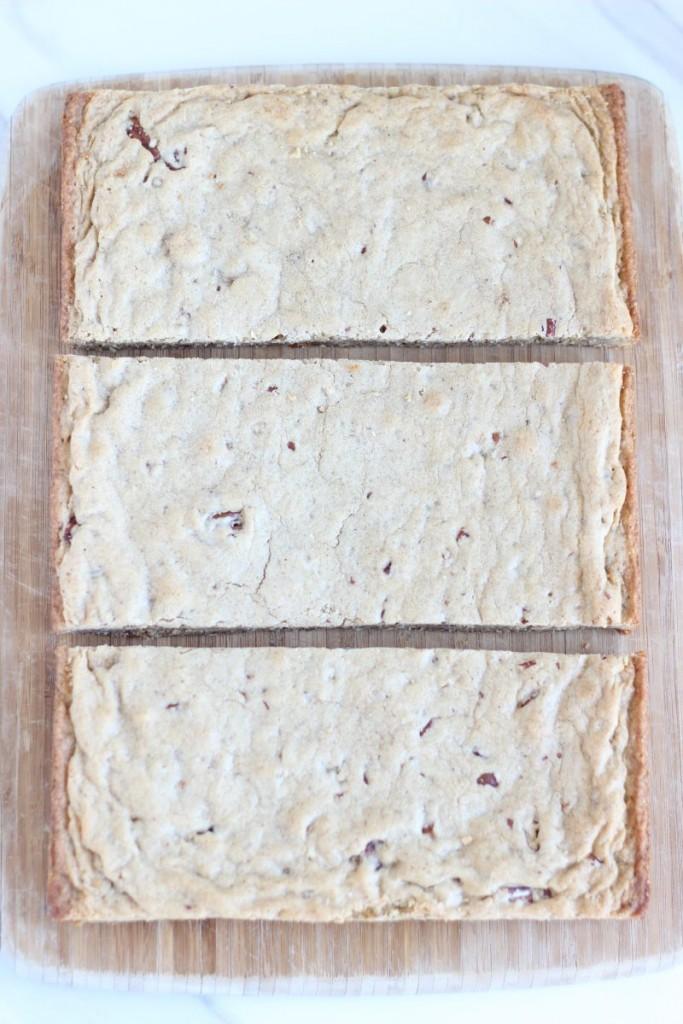 maple pecan blondie torte 1