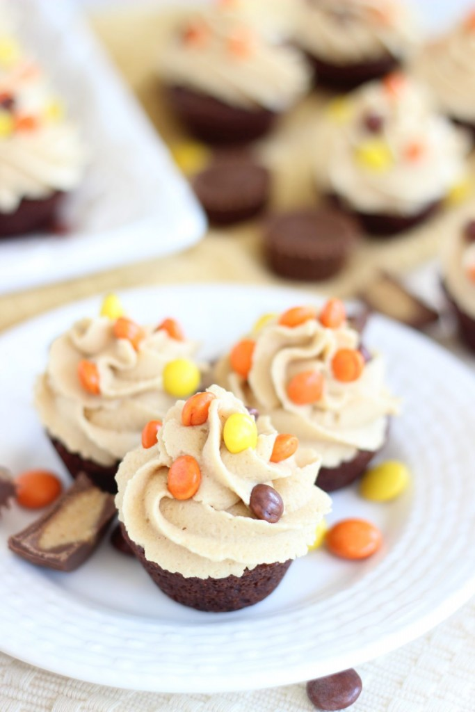peanut butter cup brownie cups 7