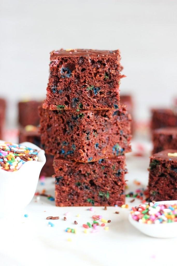 red velvet cake funfetti protein bars 9