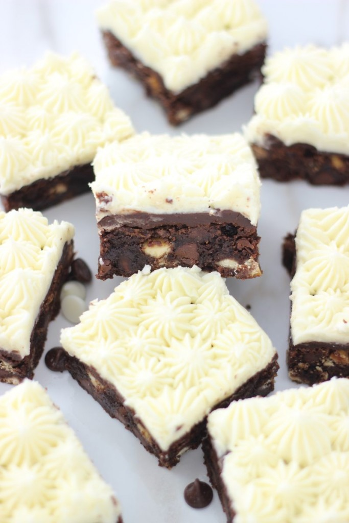black and white brownies 20