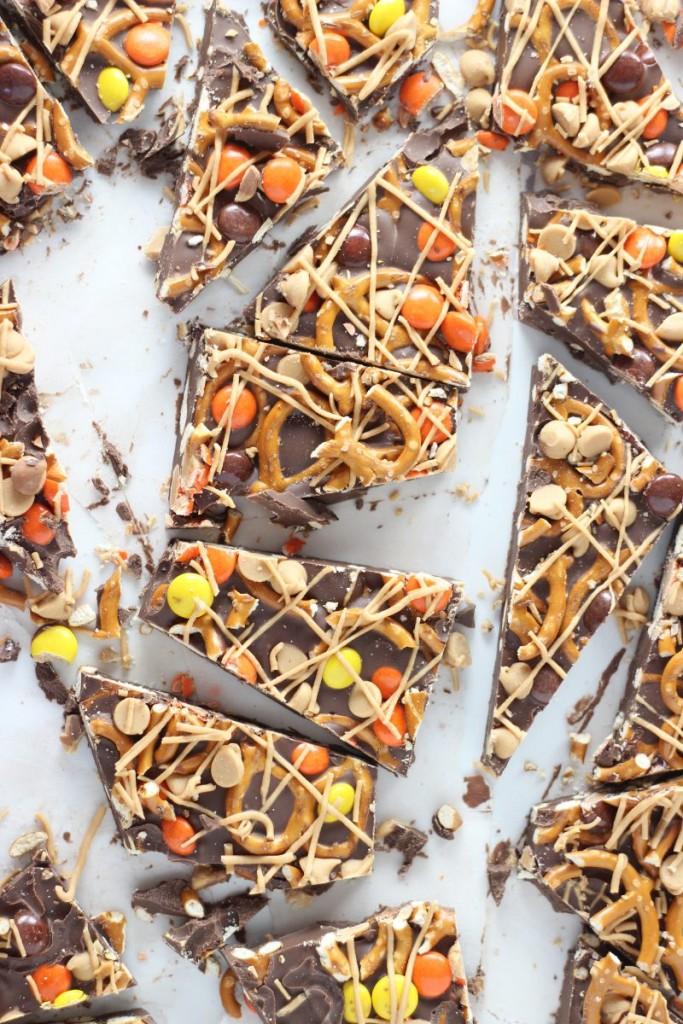 chocolate peanut butter pretzel bark 6