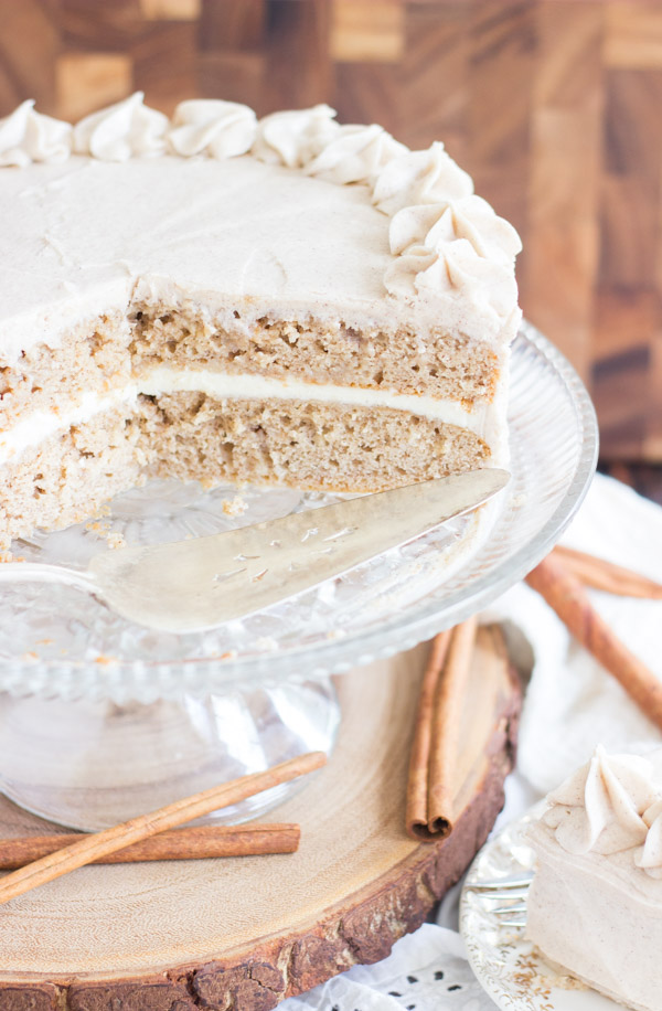 Snickerdoodle Poke Cake Layer Cake (10)