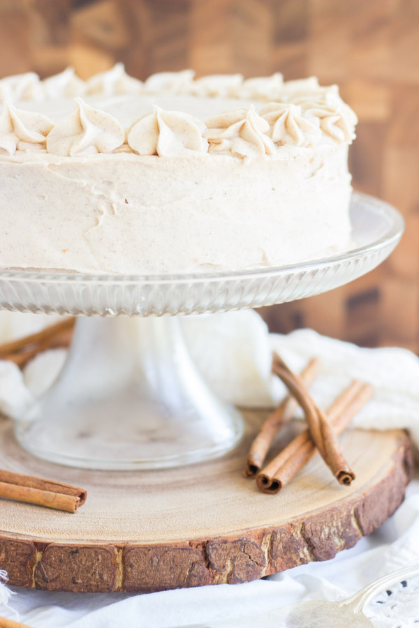 Snickerdoodle Poke Cake Layer Cake (2)
