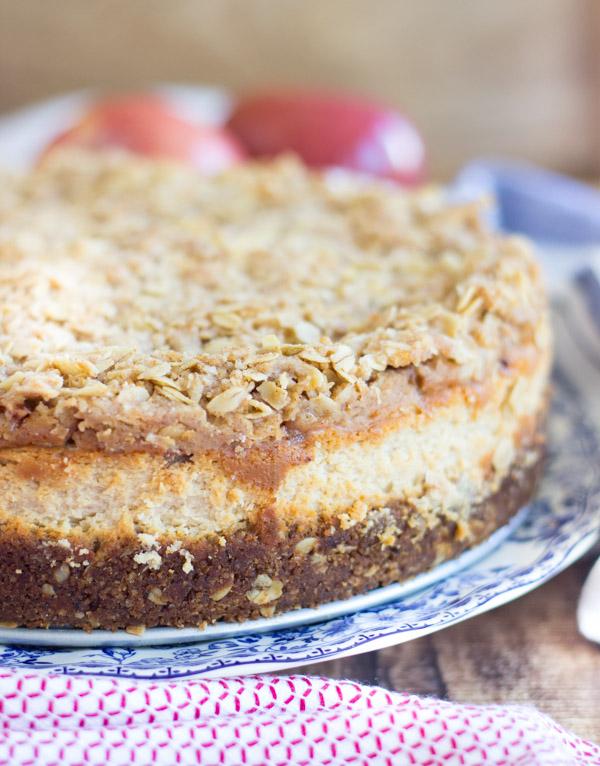 caramel apple crisp cheesecake (2)