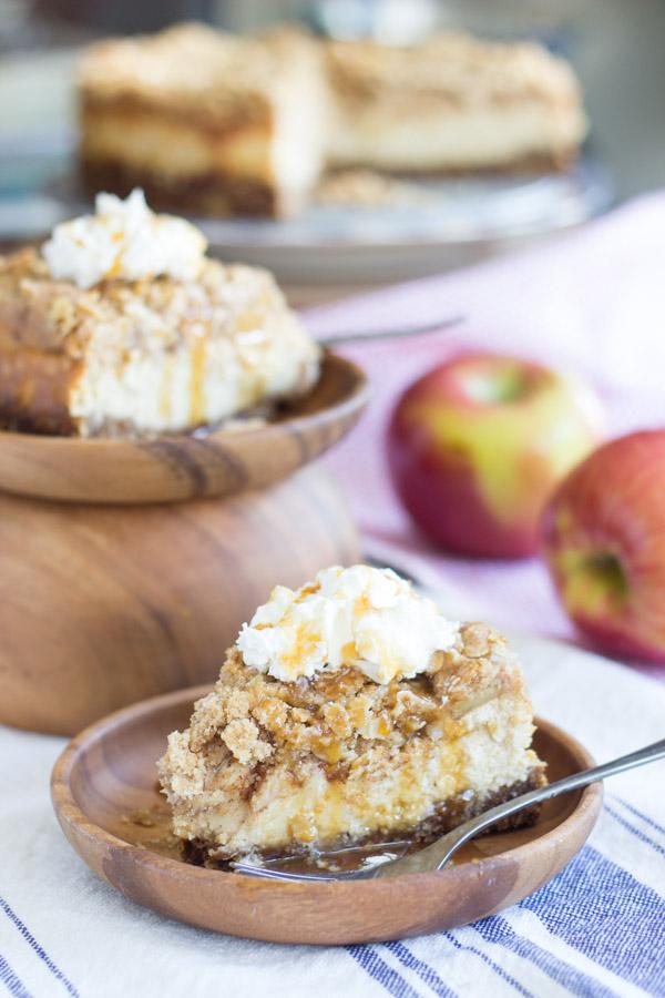 caramel apple crisp cheesecake (23)