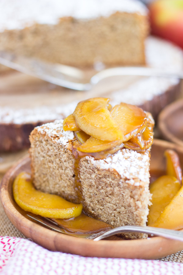 Apple Spiced Olive Oil Cake with Caramelized Apples (16)