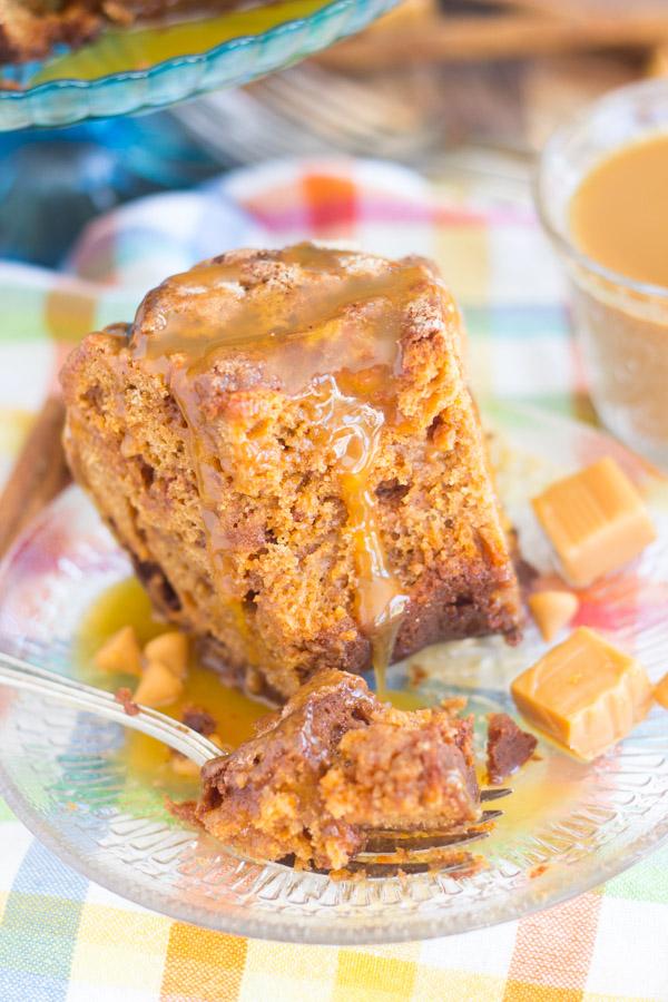Butterscotch & Caramel Spice Cake Coffee Cake (22)