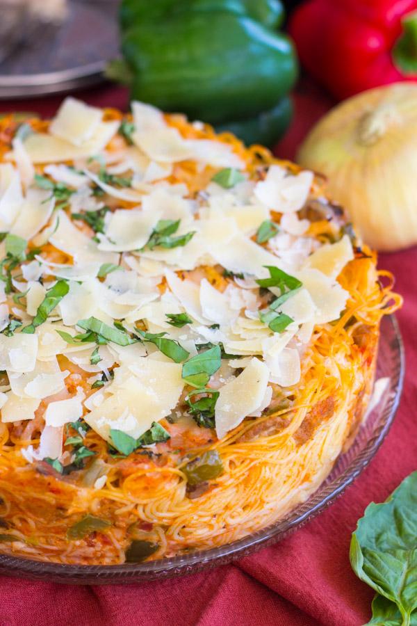 Sausage Pepper Mushroom Spaghetti Pie (5)
