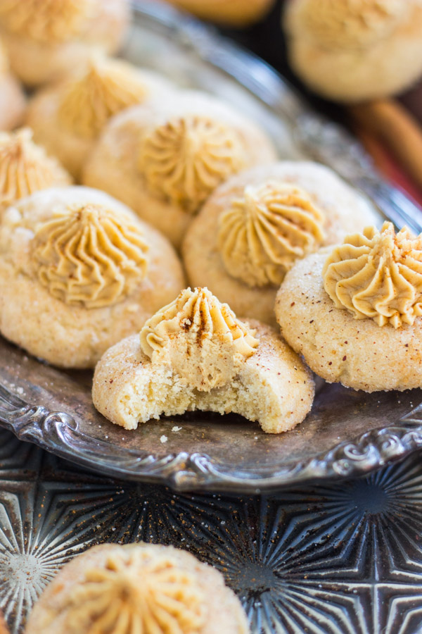 snickerdoodle-thumbprints-with-cookie-butter-buttercream-19