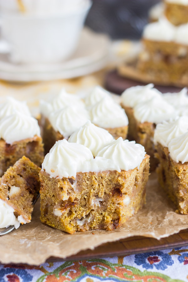white-chocolate-pumpkin-blondies-with-cream-cheese-frosting-8