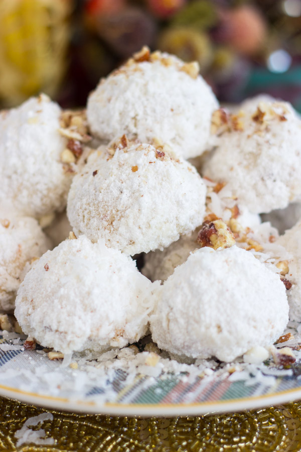 coconut-pecan-snowballs-3