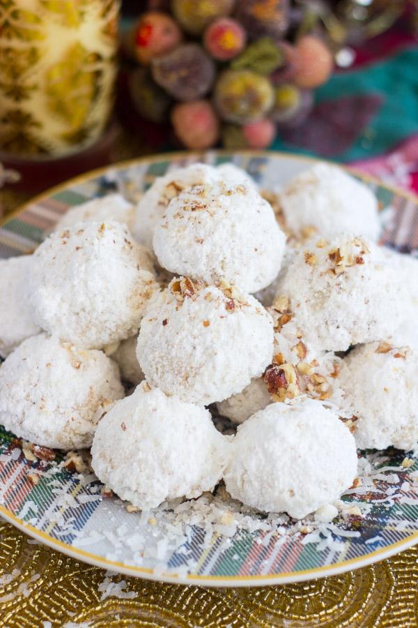 coconut-pecan-snowballs-8