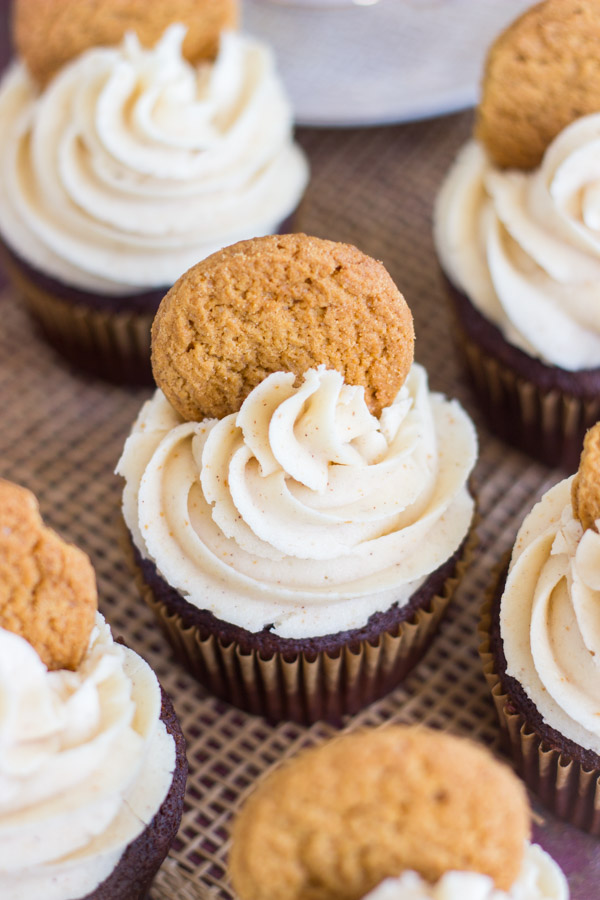 gingerbread-latte-cupcakes-with-brown-butter-frosting-7