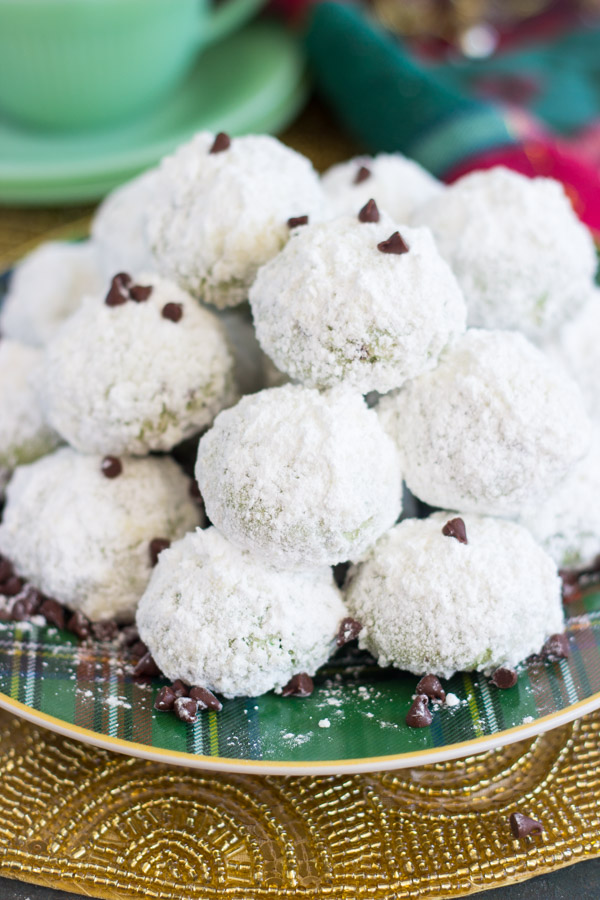mint-chocolate-chip-snowballs-1