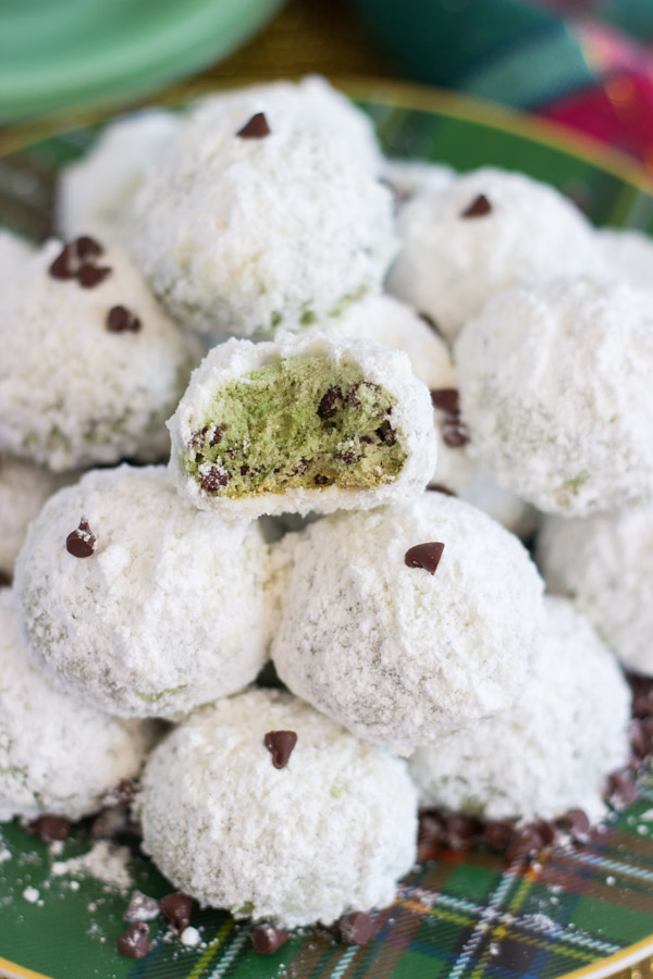 mint-chocolate-chip-snowballs-18