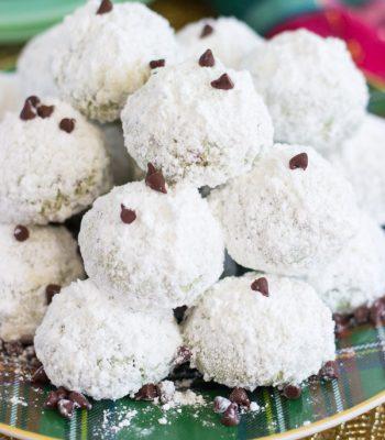 mint-chocolate-chip-snowballs-2