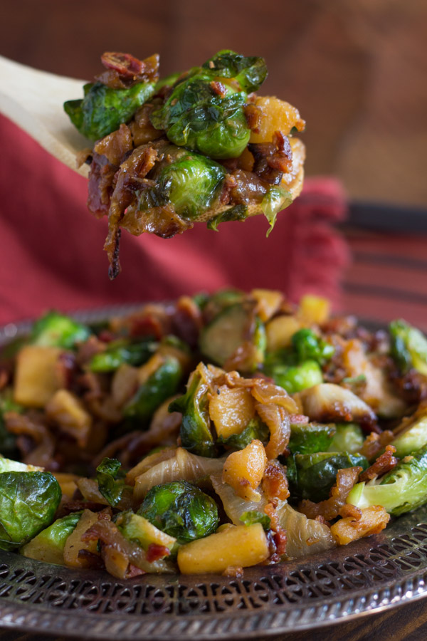 Bacon Apple & Caramelized Onion Brussels Sprouts (24)