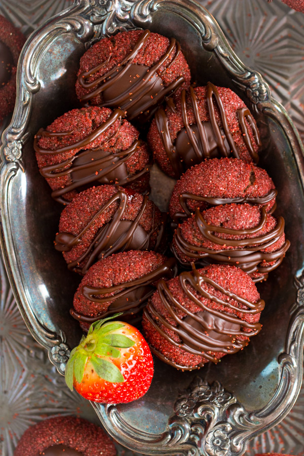 Chocolate-Covered Strawberry Thumbprints (11)
