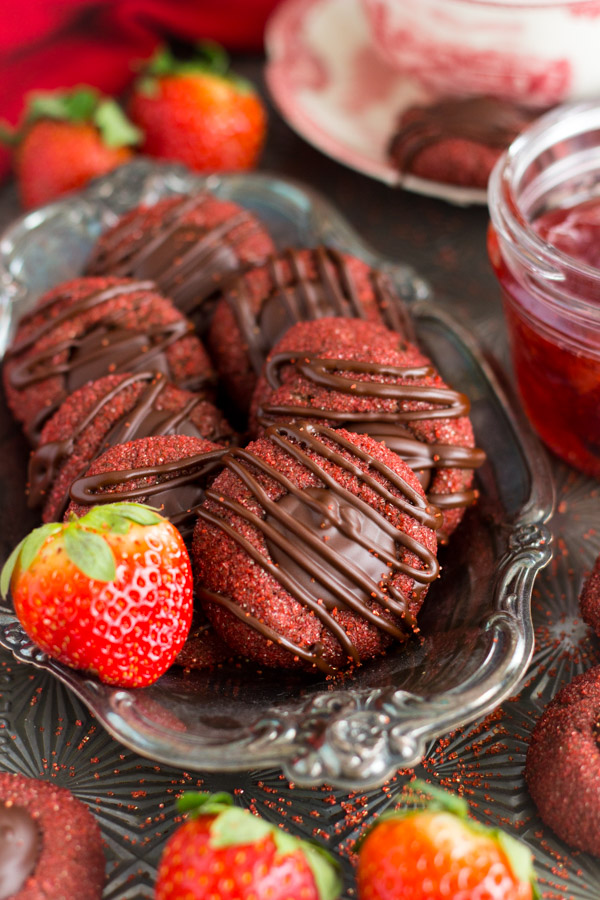 Chocolate-Covered Strawberry Thumbprints (3)