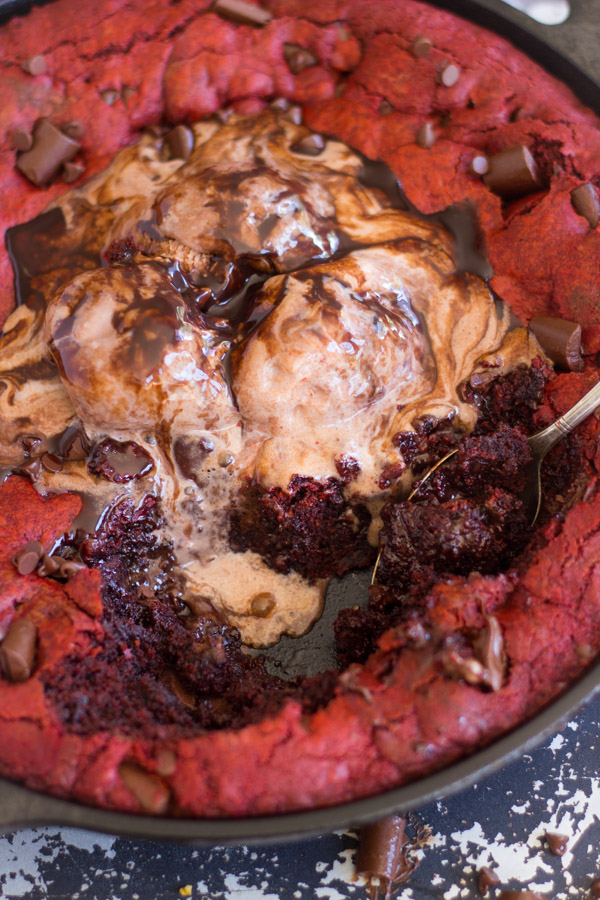 Red Velvet Chocolate Chunk Skillet Cookie (16)
