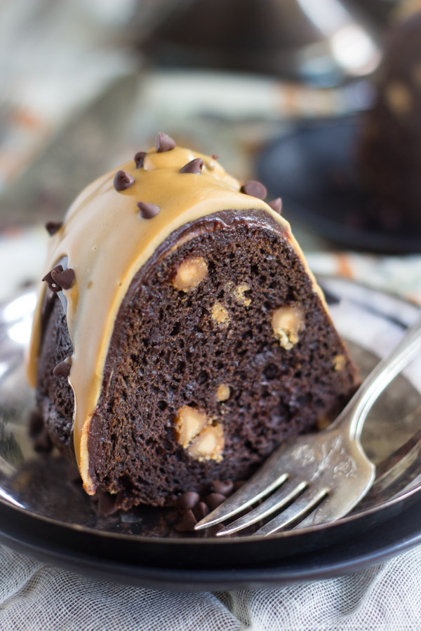 the-easiest-dark-chocolate-peanut-butter-bundt-cake-22