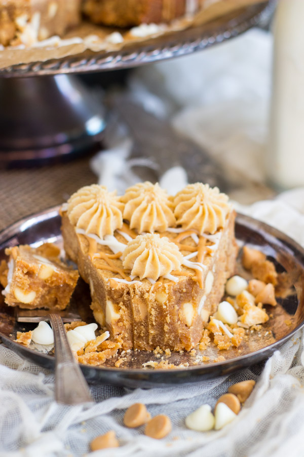 white-chocolate-peanut-butter-blondies-17