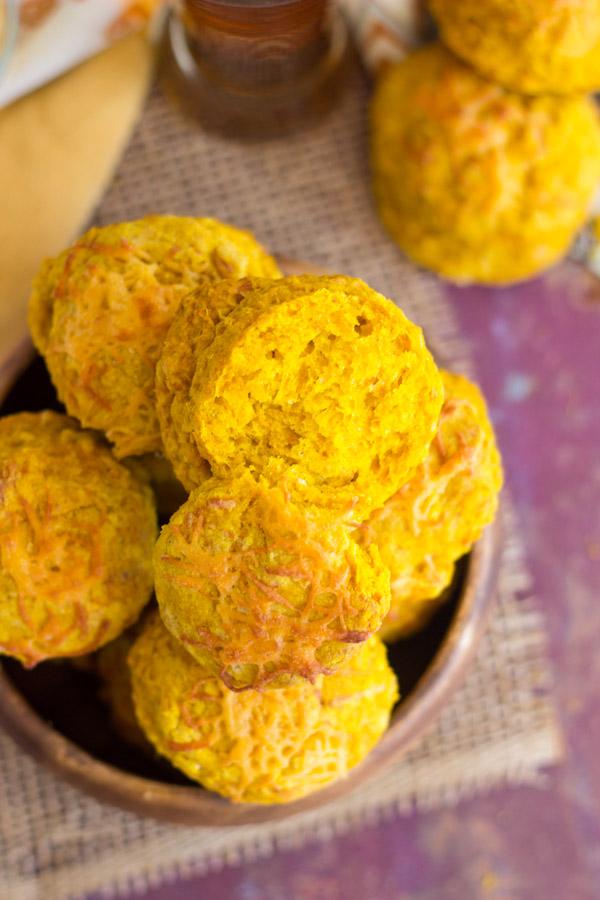 Pumpkin Beer Cheddar Biscuits (12)
