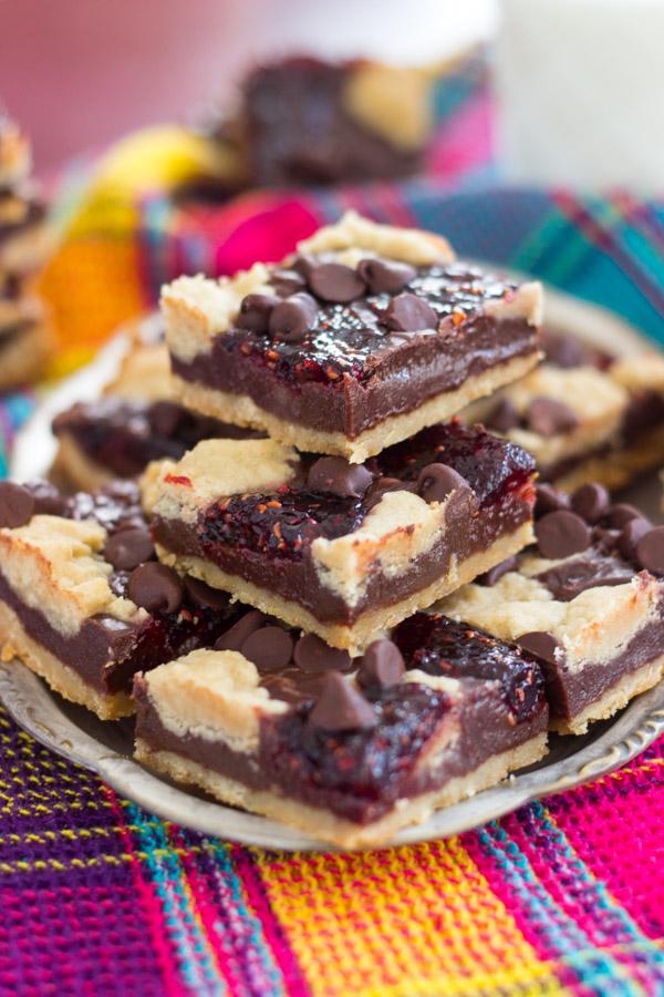 Raspberry Chocolate Chip Bars (1)