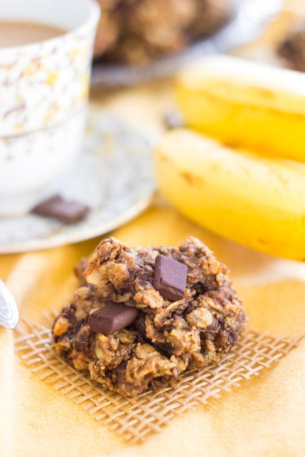 Chunky Monkey Cookies image thegoldlininggirl.com (11)