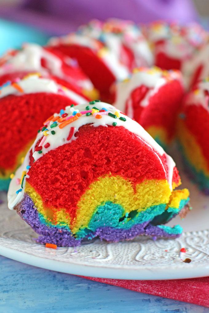 Rainbow-Bundt-Cake-5