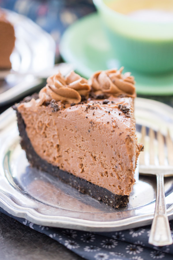 No Bake Nutella Cheesecake recipe thegoldlininggirl.com 18