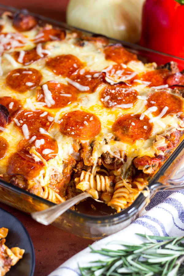 pepperoni pizza pasta casserole recipe the gold lining girl