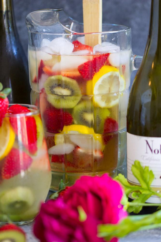 Strawberry Kiwi Sangria image thegoldlininggirl.com 5