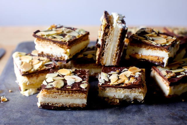 saltine-crack-ice-cream-sandwiches1