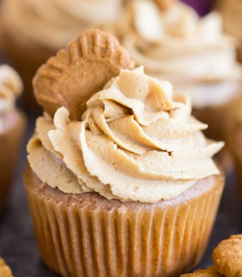 Cookie Butter Cupcakes 600x900 1