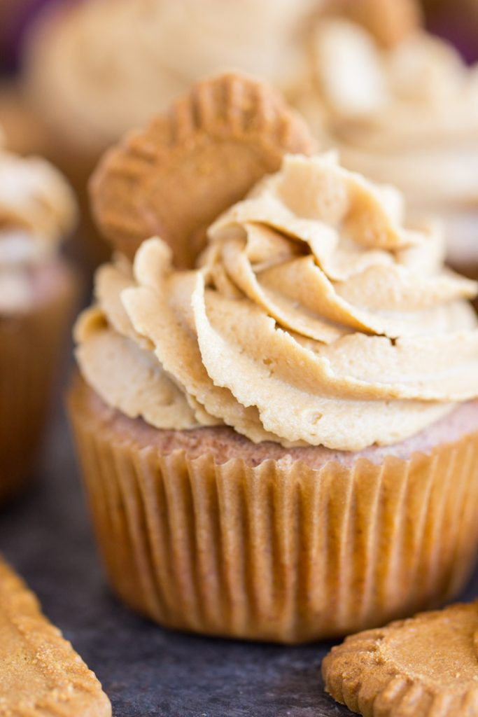 Cookie Butter Cupcakes recipe image thegoldlininggirl.com 4