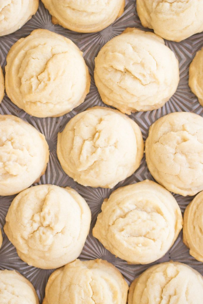 Amish Sugar Cookies recipe image thegoldlininggirl.com 1