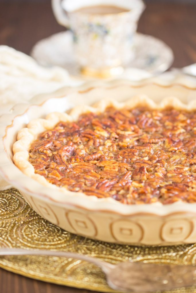 Honey Pecan Pie recipe image thegoldlininggirl.com 1