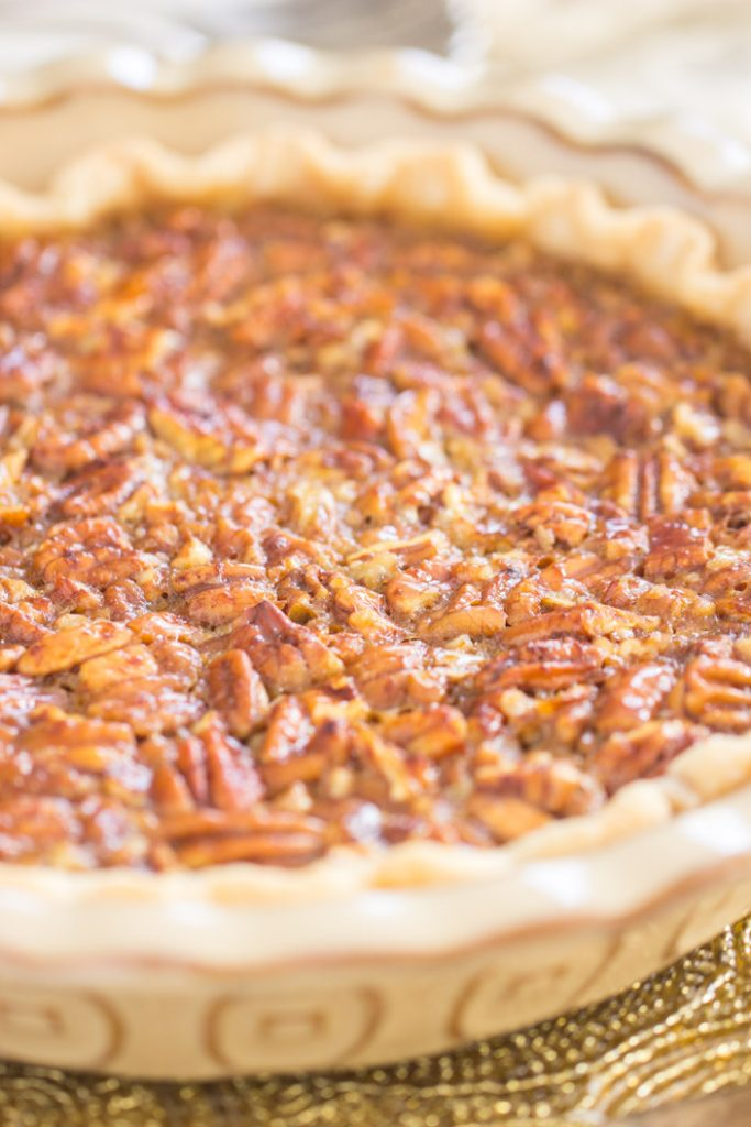 Honey Pecan Pie recipe image thegoldlininggirl.com 4