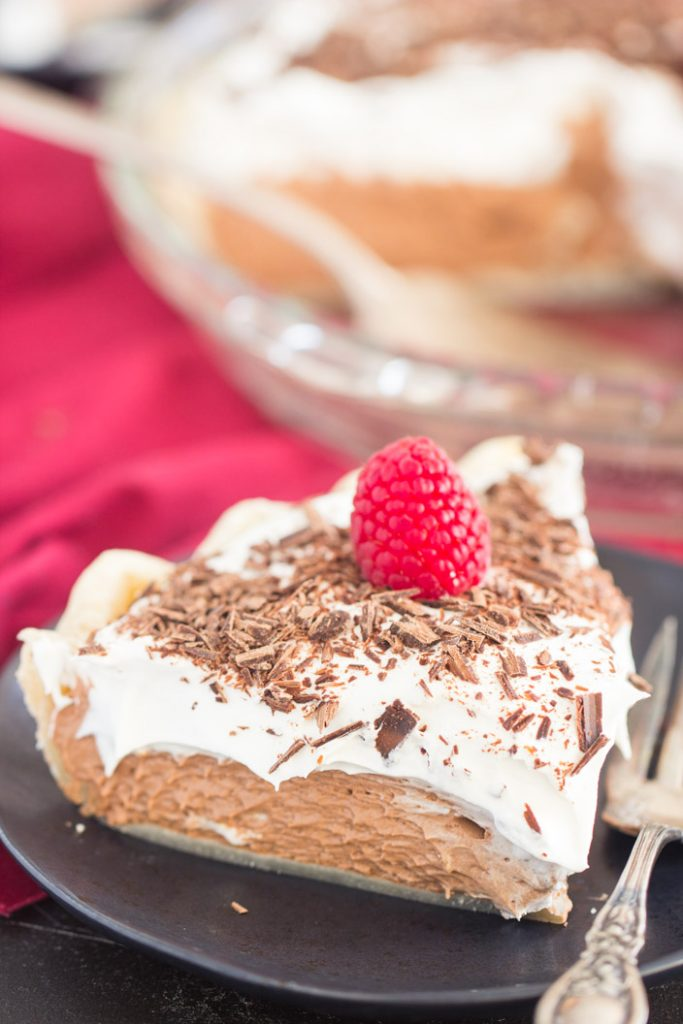 Chocolate Irish Cream Pie recipe image thegoldlininggirl.com 4