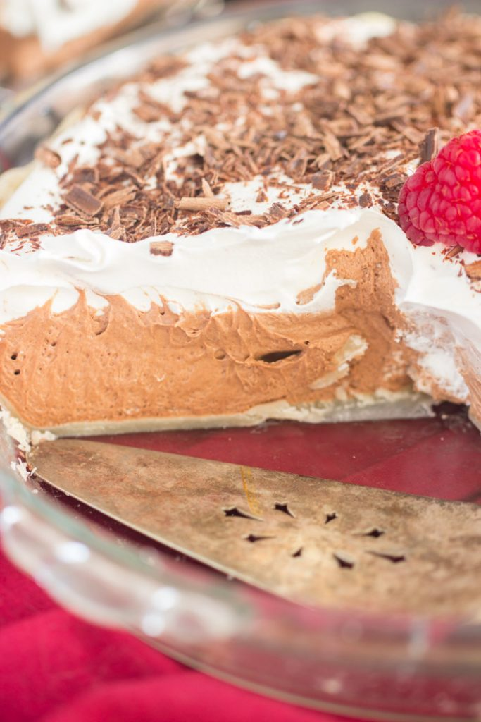 Chocolate Irish Cream Pie recipe image thegoldlininggirl.com 6