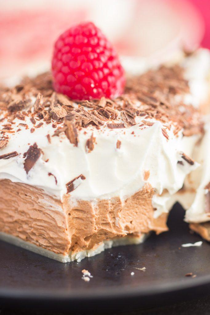 Quick & Simple Chocolate Irish Cream Pie - The Gold Lining ...