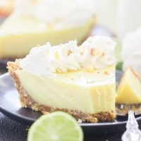 Key Lime Pie with Coconut Macadamia Crust