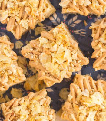 Peanut Butter Potato Chip Rice Krispie Treats recipe image thegoldlininggirl.com 600x900 2