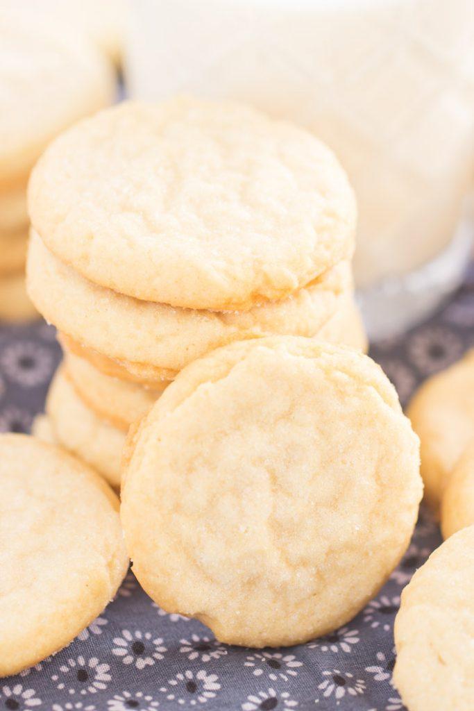 Thin & Crispy Amish Sugar Cookies recipe image thegoldlininggirl.com 3