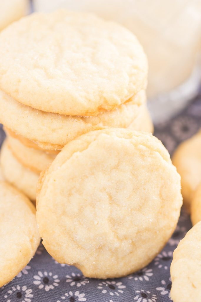 Thin & Crispy Amish Sugar Cookies recipe image thegoldlininggirl.com 4